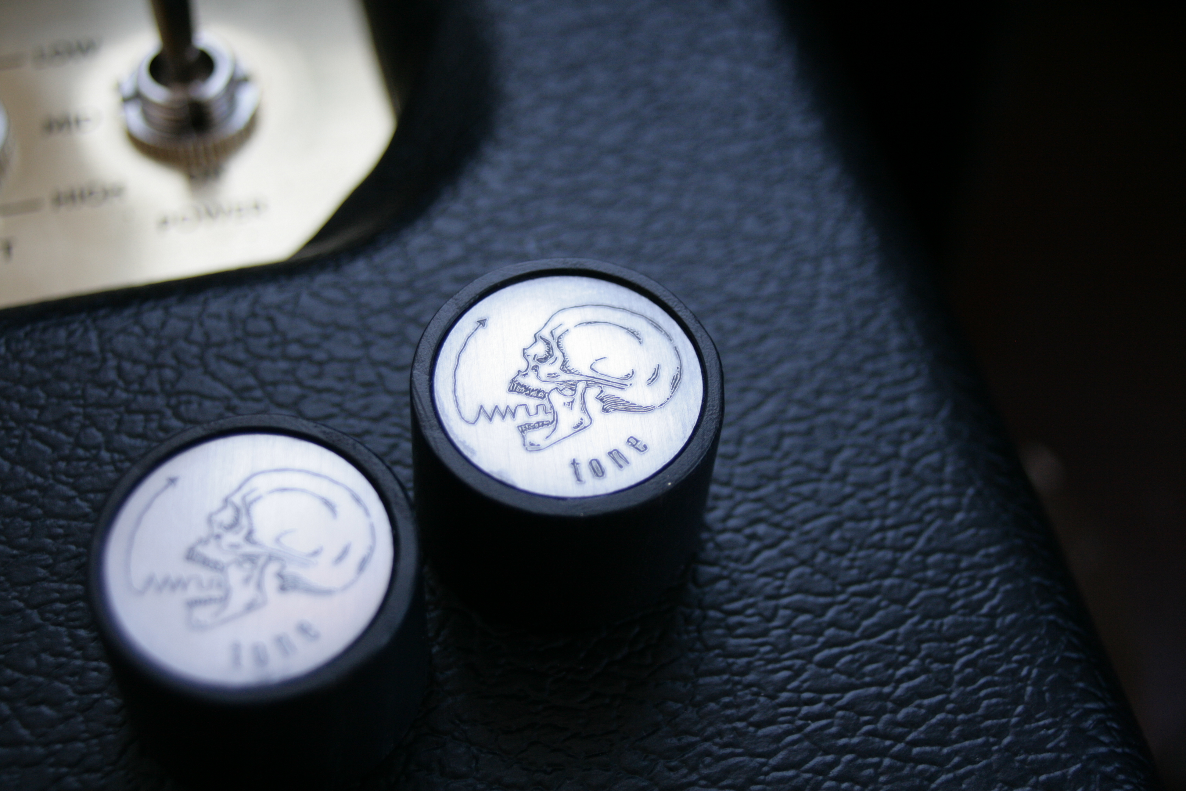 Skull top Control knobs