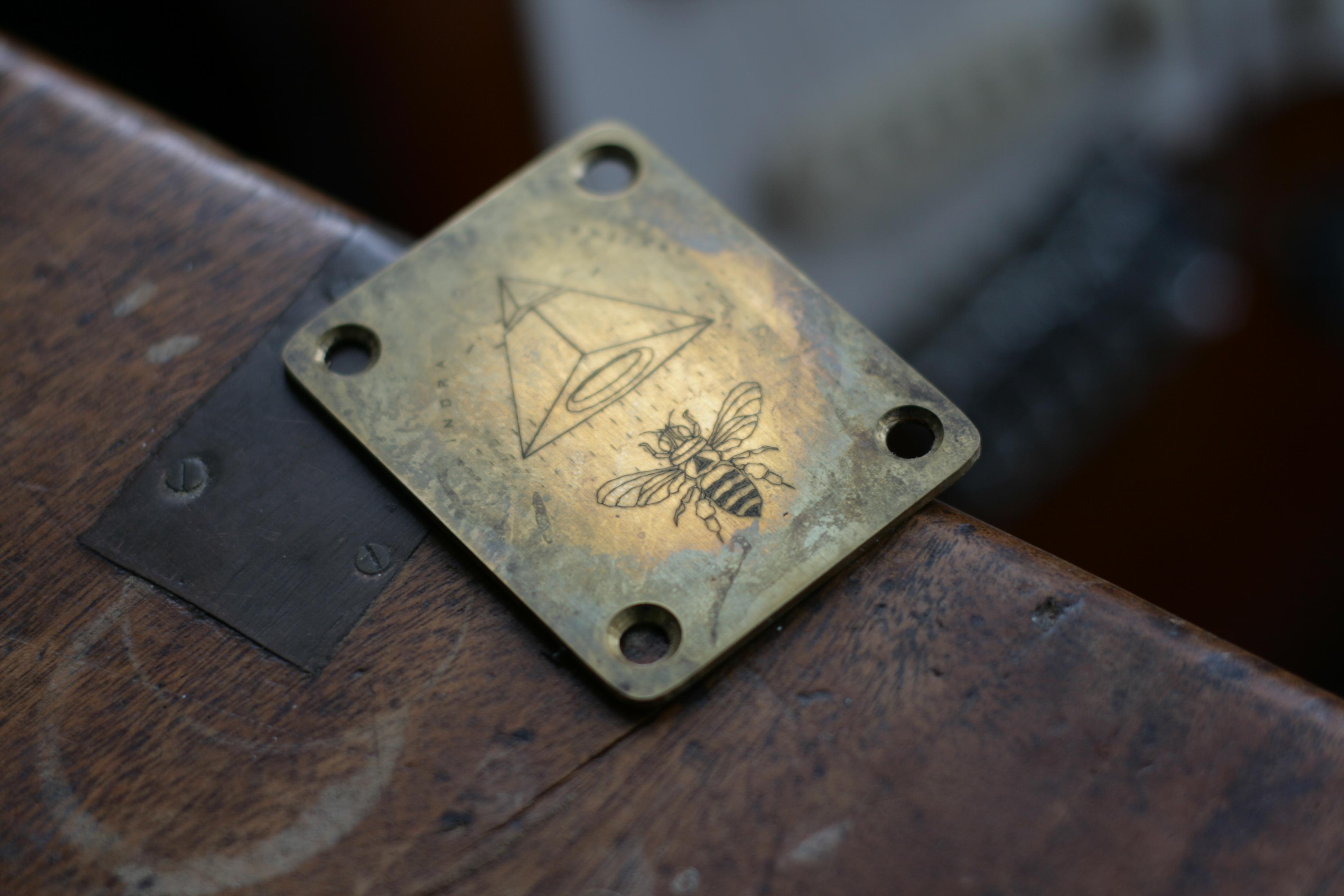 Azimuth Neck plate Aged brass